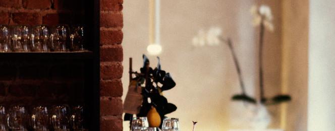 scorcio del bancone bar - ristoranti torino