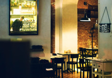 Scorcio della sala della Capannina ristorante pizzeria, Via Donati, 1 - 10121 - Torino