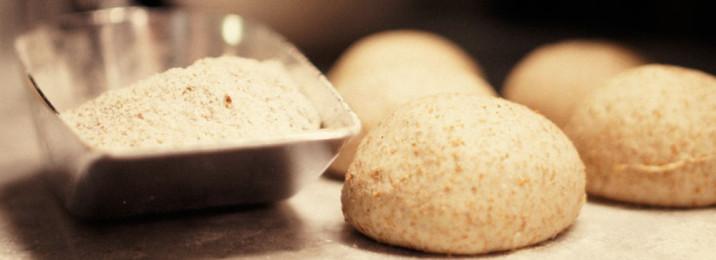Pane e pizza integrale alla Capannina Ristorante pizzeria Via Donati 1 - 10121 - Torino - 011545405